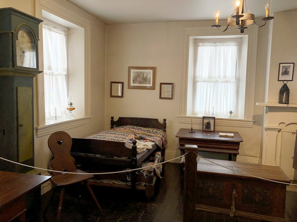 Museum Tours Bedroom